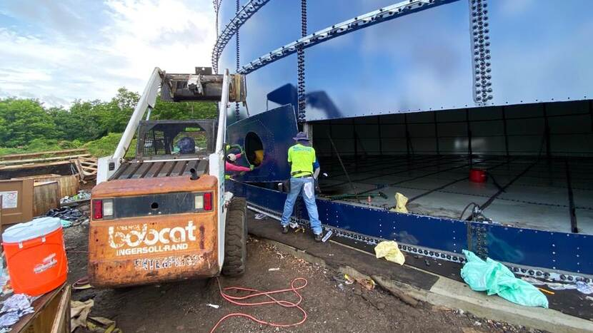 Building a new watertank on St. Eustatius